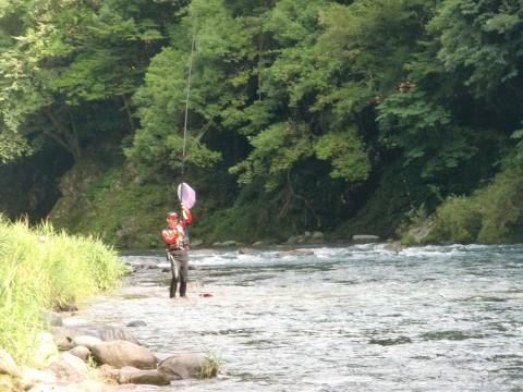 「郡上長良・亀尾島会」鮎釣り大会